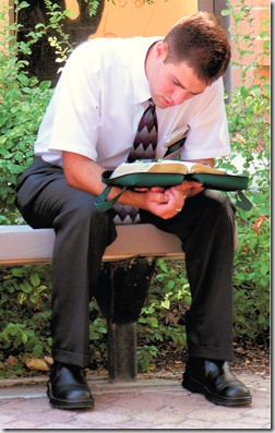 missionary-reading-scriptures-222886-wallpaper